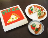 Felt food pattern-Seafood Pizza takeaway-PDF via Email-F31